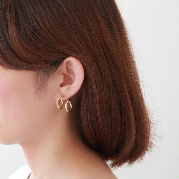 Gold line pierce(19㎜ line×19㎜ line/swarovski elements/Gold)