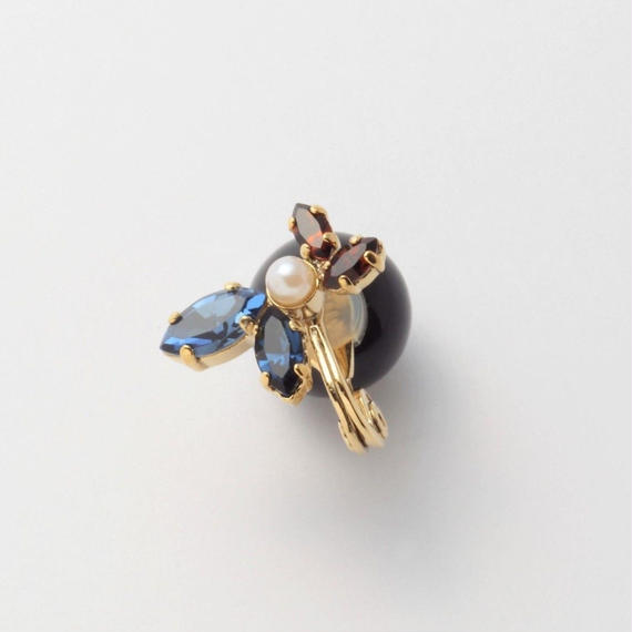 bijou 4 crystals , pearl earring (Indigo Blue , Brown Mix)Black catch