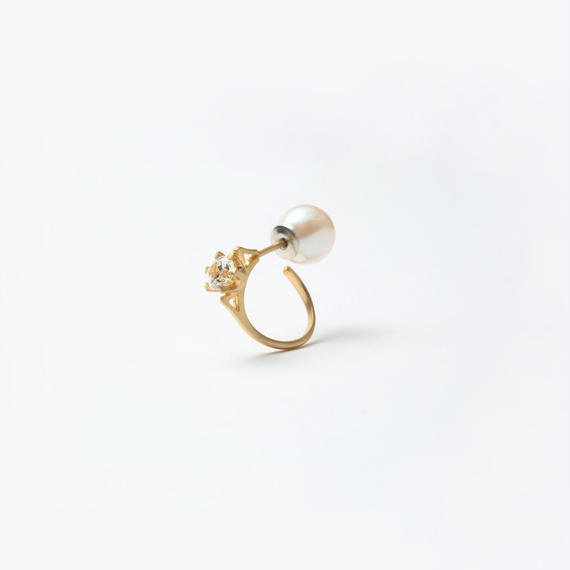 ring motif pierce (cubic zirconia / cubic / gold)