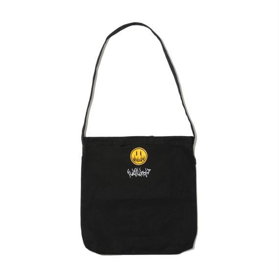 -UNDER COVER- SHOULDER BAG (BLK)