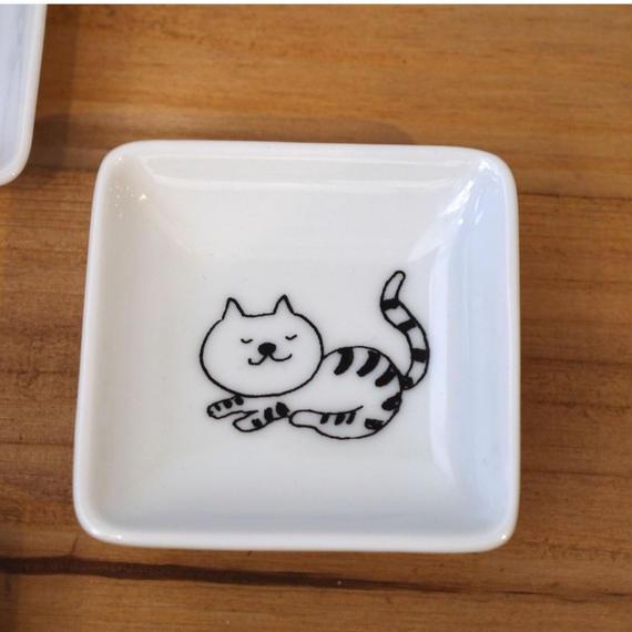 【tomopecco】〈ねこ〉豆皿