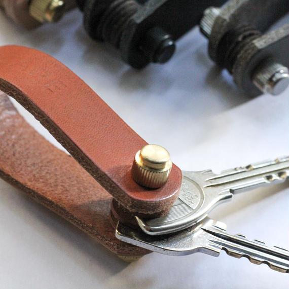 key folder''grey''