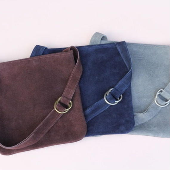 "suede musette bag ""M"" chocolate"
