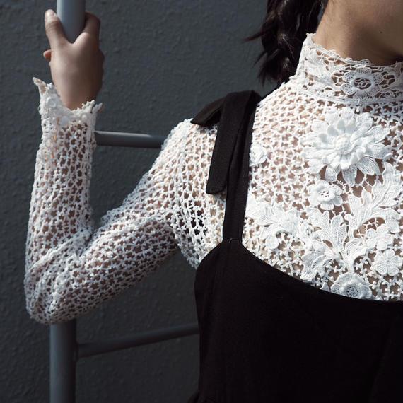 vintage 1940s Lace Applique Top