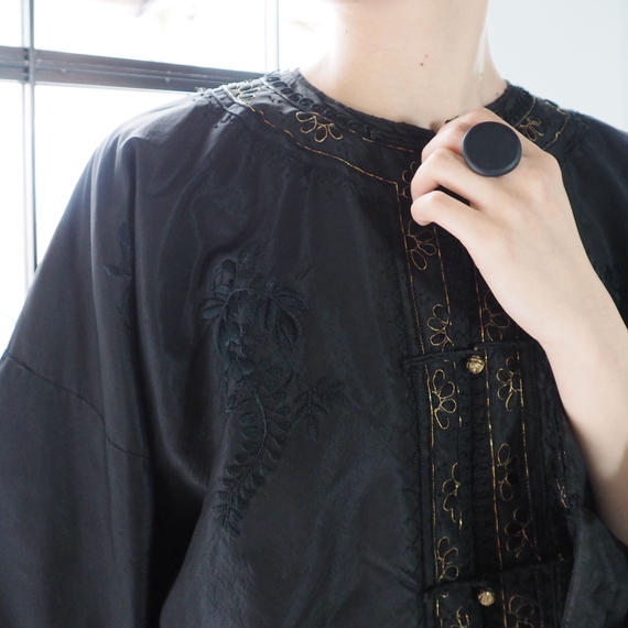 antique 1920s embroidered chinese jacket