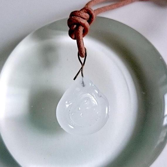 手作りガラスのシーリングワックス風ネックレス