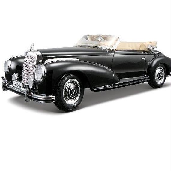 Maisto 1955  Mercedes Benz 300S  1/18