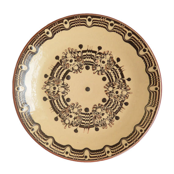 """troyan"" dish (m) -white- bulgaria hand made/ monotone (td-mw)"