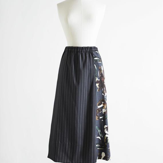 フラワープリント×ストライプスカート