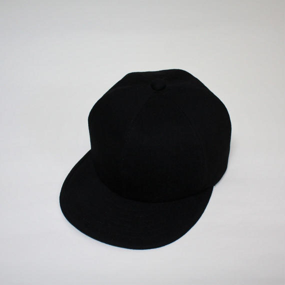 black denim cap (man)