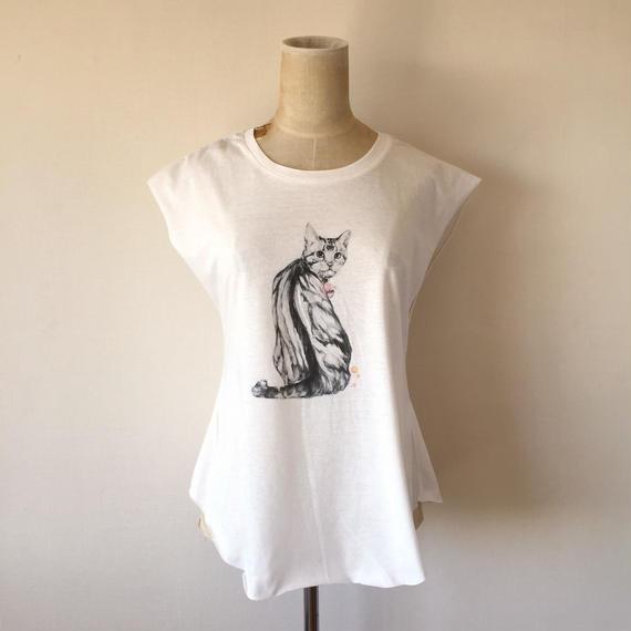 KELLY SMITH CAT T-SHIRT (WHITE)