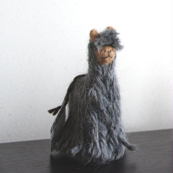 置物 アルパカ フェルト人形 スリ グレー_LN001-LG