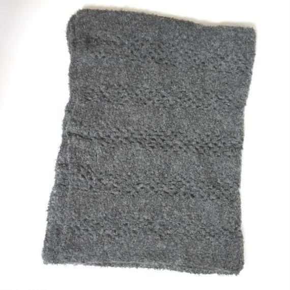 【新商品】アルパカ手編みの大判ストール ブークレ ダークグレー