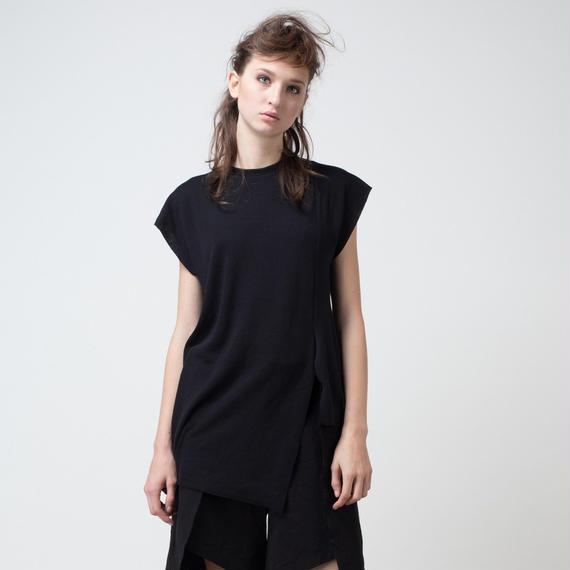 KETA GUTMANE ケタ グットマン Asymmetric no-sleeve ripped T-shirt アシンメトリック ノースリーブ リップTシャツ