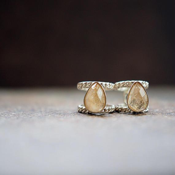 drop_stone_ring_c