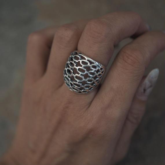 through_ring