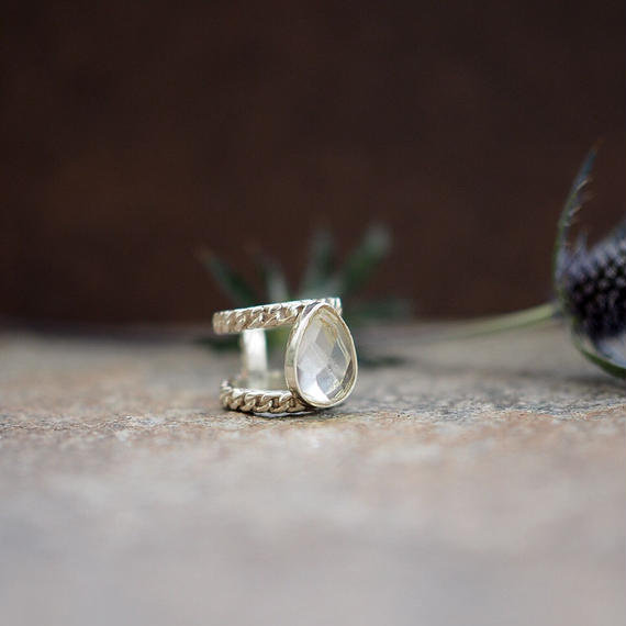 drop_stone_ring_q
