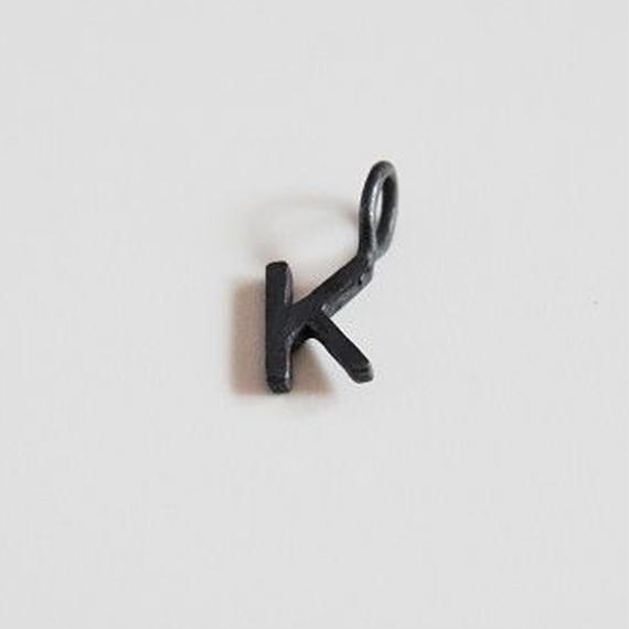 Neckless hed Initial