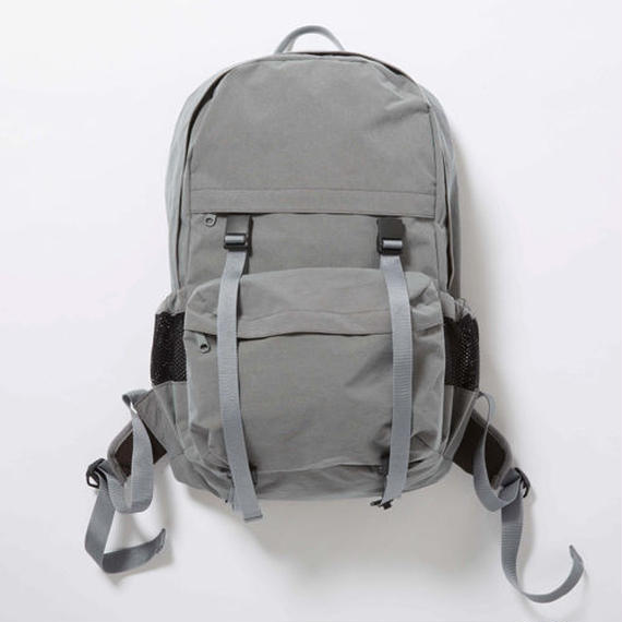 Konbu Nylon Backpack/FOSSIL GREY