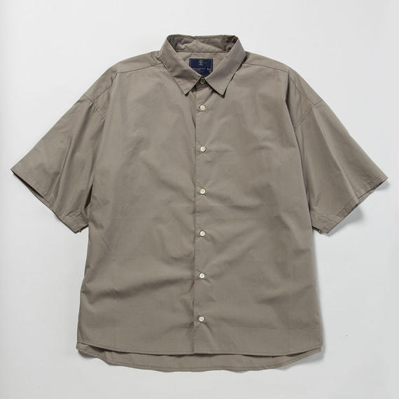 Typewriter Popper S.S. Shirt/GREY