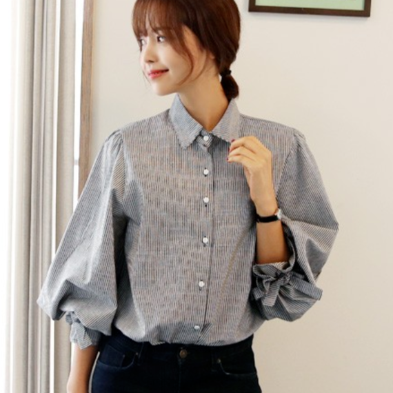 B083   Korean lantern sleeve shirt
