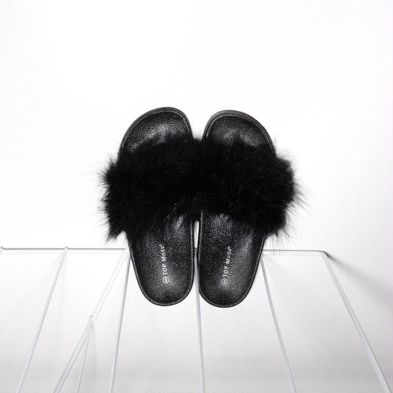 Fur Slides for women's Black