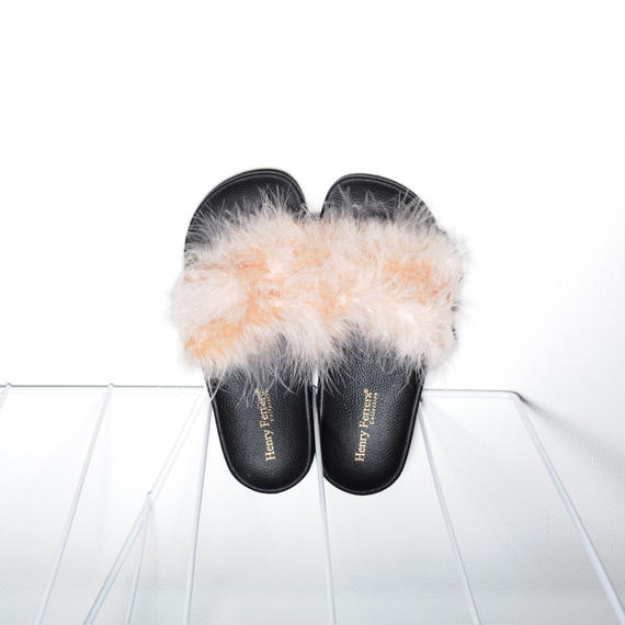 Fur Slides for women's Beige pink