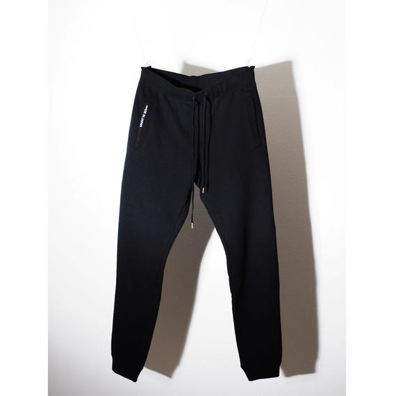 EGSOLID BASIC LOUNGE SWEAT PANTS IN Black