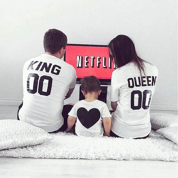 ファミリールック 衣装 夏 カップル Tシャツ KING QUEEN Tシャツ コットン キッズ ハート グラフィック Tシャツ マッチング Tシャツ 半袖 シャツ キング クイーン ペア カップル