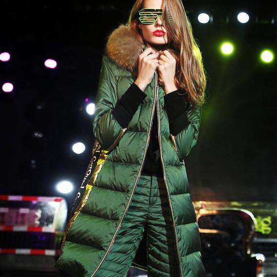カルロス 冬 新しい ヨーロッパ 商品 ヨーロッパ ファッション ブランド 毛皮 ファッション ダウンジャケット 女性 膝丈 ファー ダウンジャケット ダウン プレゼント 女性用 毛皮 ゴージャス