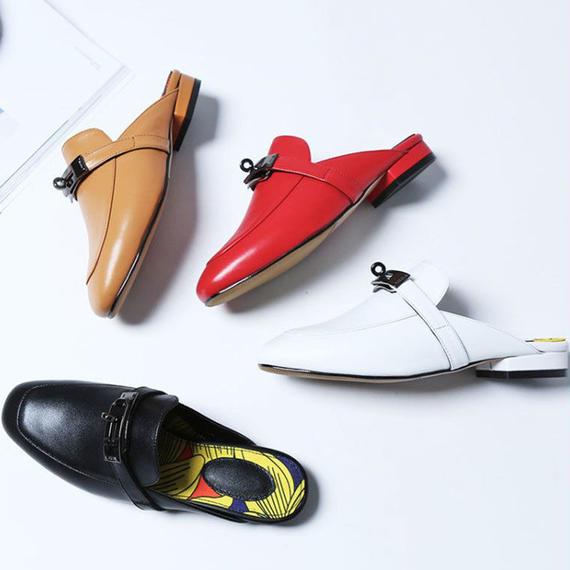 女性 本革 高級 デザイナー 女性 金属 チェーン slipper summer 靴 女性 スライド サンダル ベルト サンダル サンダル 疲れにくい   ビットサンダル レディース リアルレザー