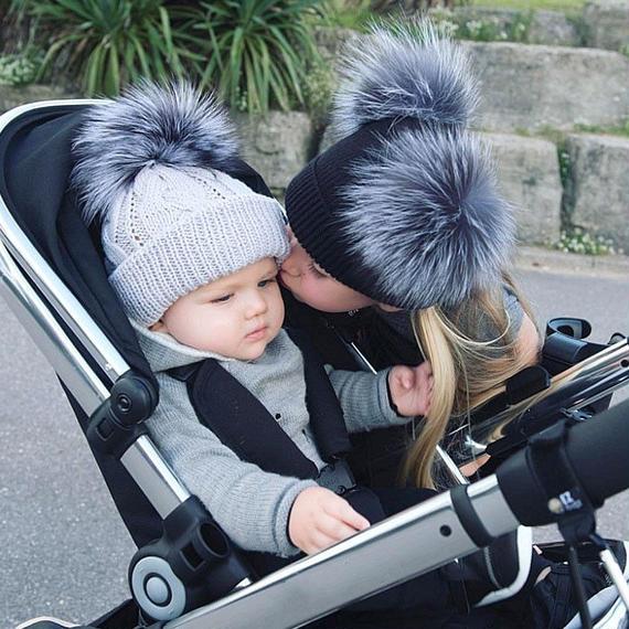 Laurashow 冬 リアル ファー ボール 帽子 女性 子供 赤ちゃん ふわふわ 毛皮 ポンポン 親子 ニット