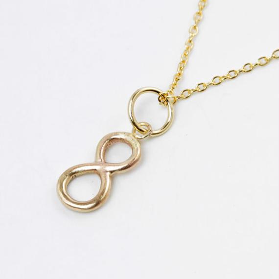 millieto reine lucky number charm #8