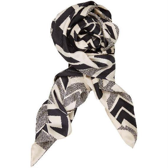 〝ZIGZAG〟秋冬シルクスカーフ 北欧  デンマーク
