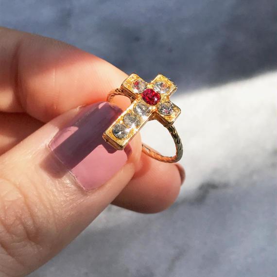 88 brilliance bijou cross pinky ring
