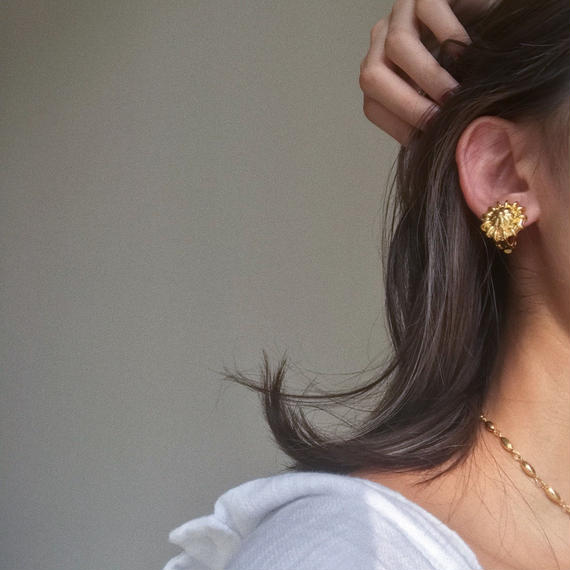 bud of the flower earrings