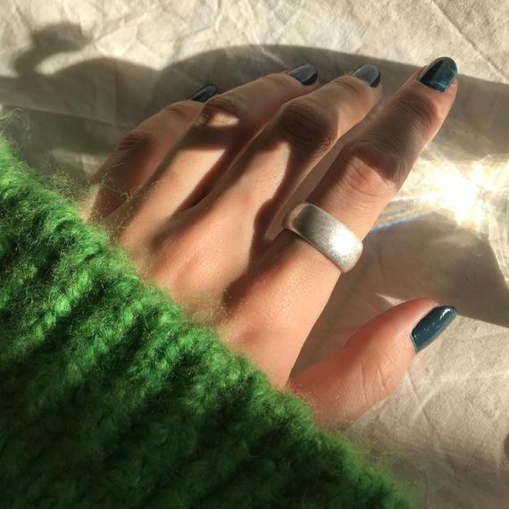 matte wide flat ring -silver-