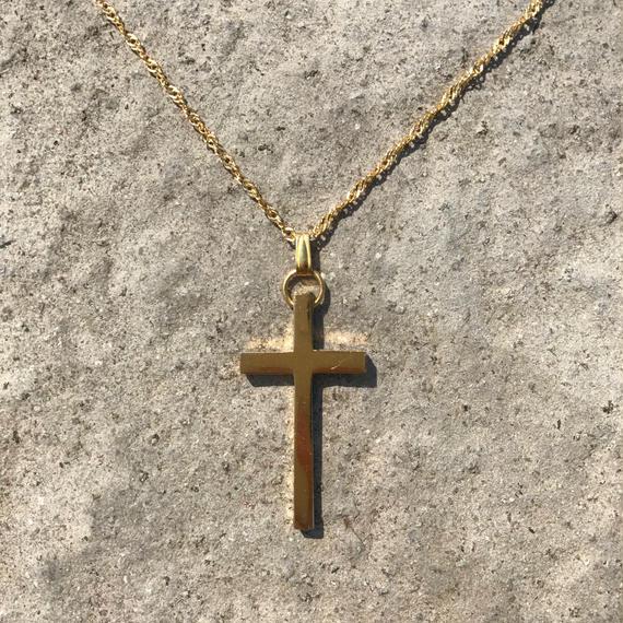 84 cross twist chain necklace