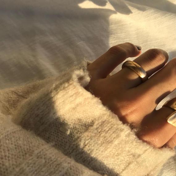 matte round ring - gold-