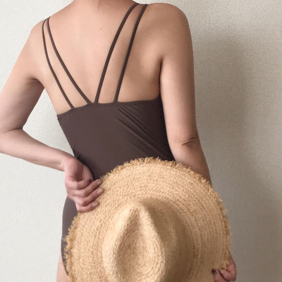 back strap one-piece[brown]