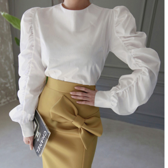 Gather Puff Sleeve Shirt In White (ギャザーパフスリーブシャツ)