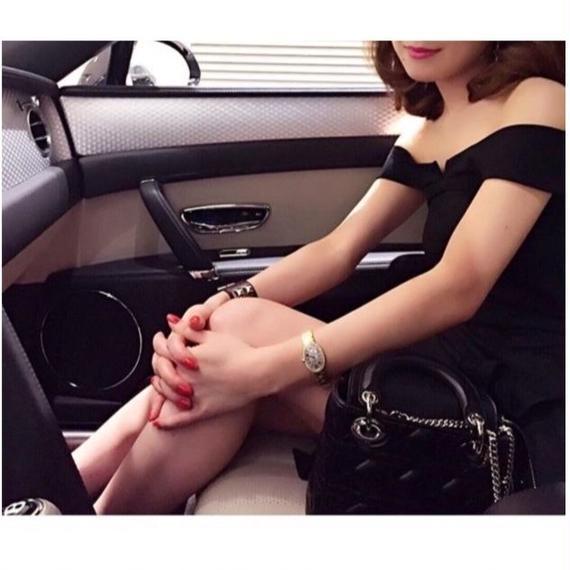"Little Black Dress ""LADY"" (リトルブラックドレス ""レディー"")"