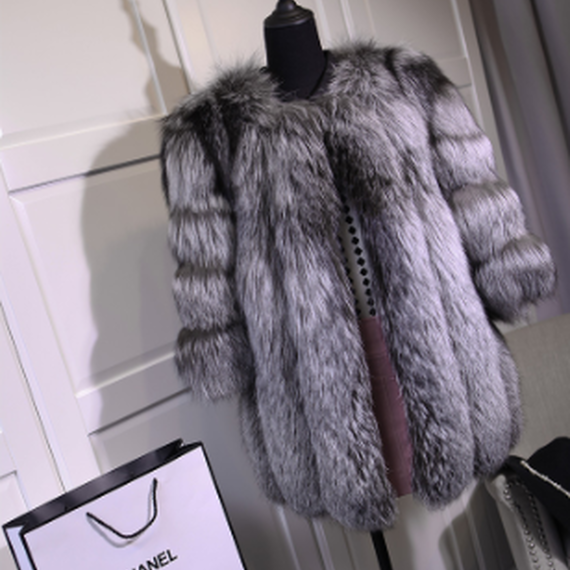 Silver Fox Fur Coat (シルバーフォックスファーコート)