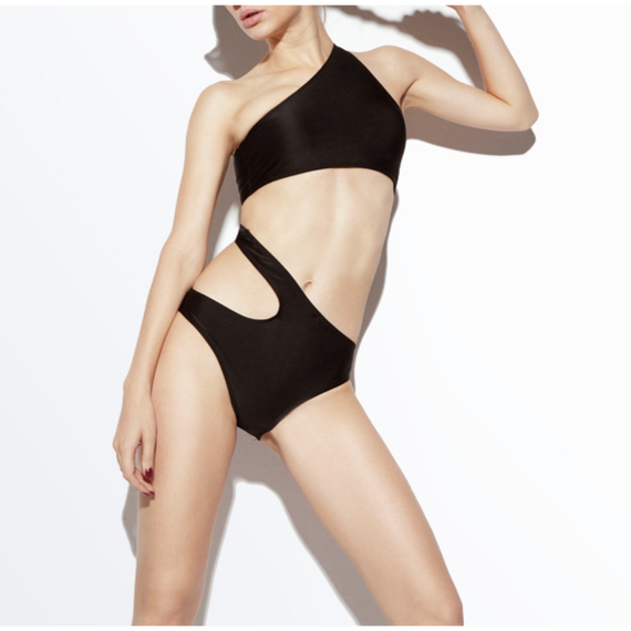Sporty  Cut Out Swimsuit (スポーティーカットアウト水着)