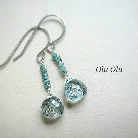 ブルーグリーンダイヤモンド&モスアクアマリンのシルバーピアス