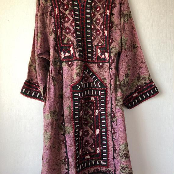 vintage pink baloch