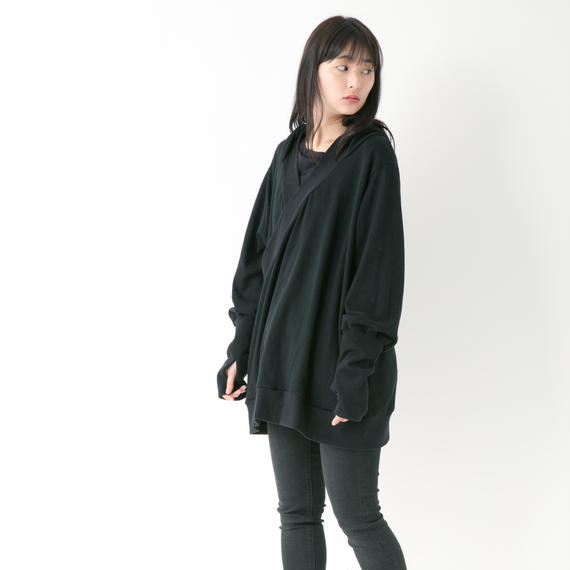 【2018-19A/W Collection 受注予約商品 フード付きPO】