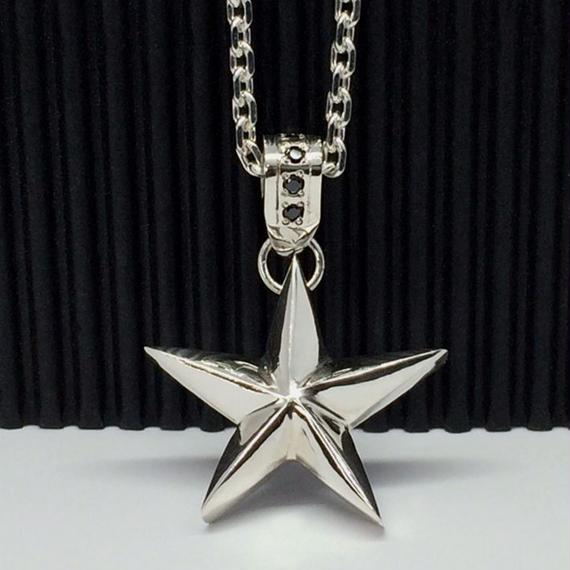 星モチーフのネックレス(ノーマルバージョン)