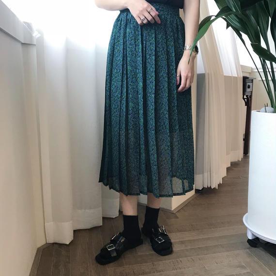 パターンプリーツスカート