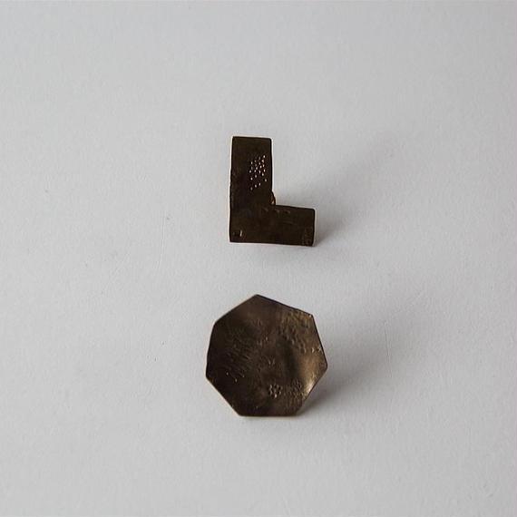 田中友紀 真鍮のピンブローチ